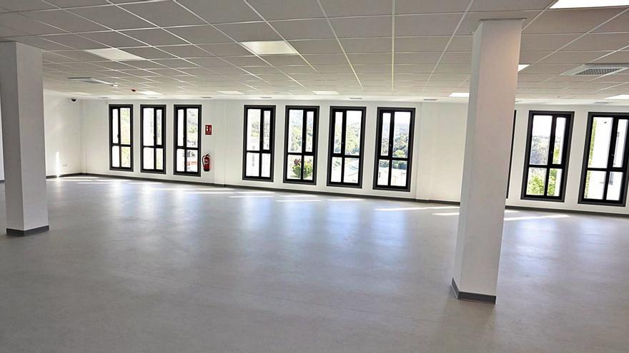 Destinan 215.000 euros a equipar la nueva residencia de Cerdedo