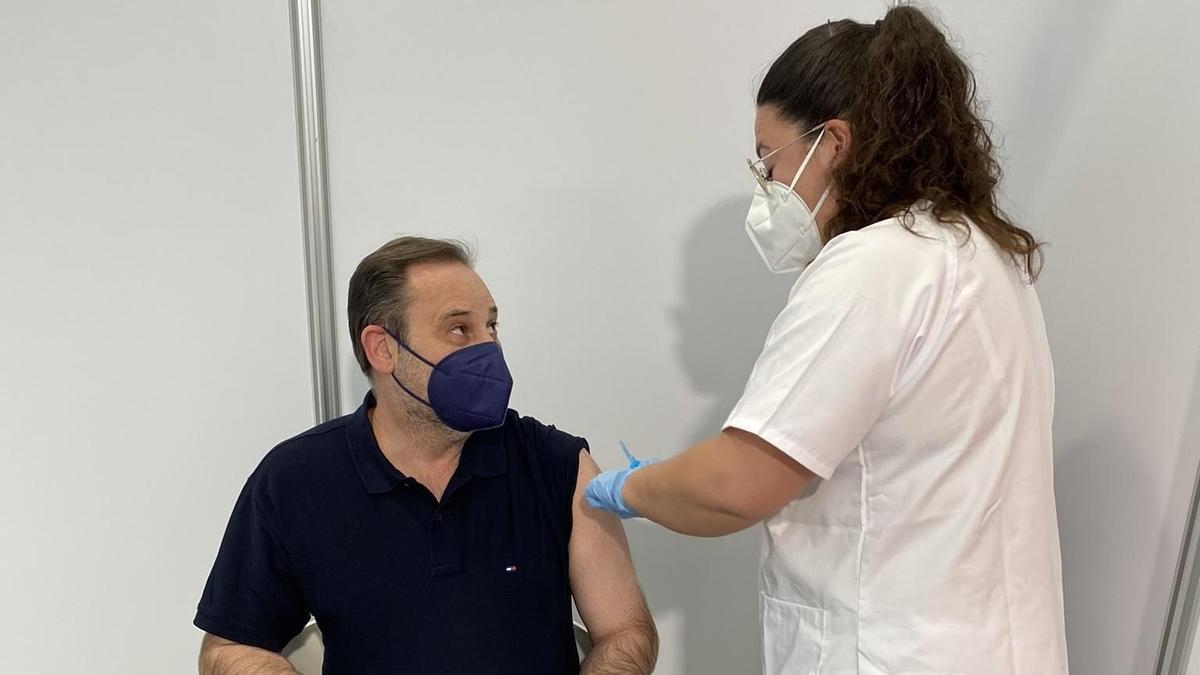 José Luis Ábalos se ha vacunado este lunes.