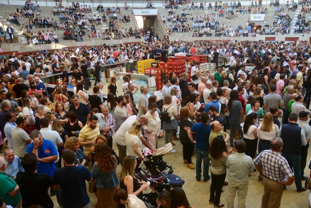Ence reivindica su futuro con una fiesta en la Plaza de Toros de Pontevedra
