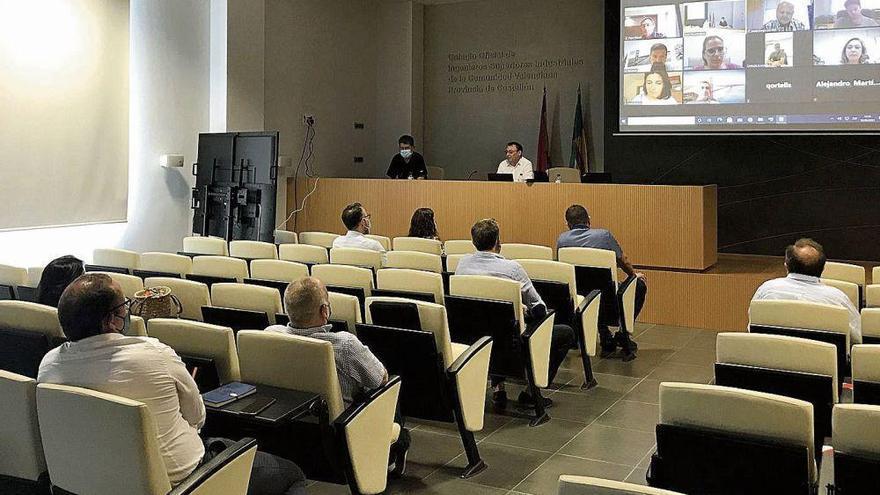 Asebec recaba apoyos para crear un gran pabellón tecnológico en Cevisama 2022