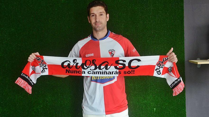 Mon Vives y Manu Táboas continuarán un año más defendiendo la camiseta del Arosa