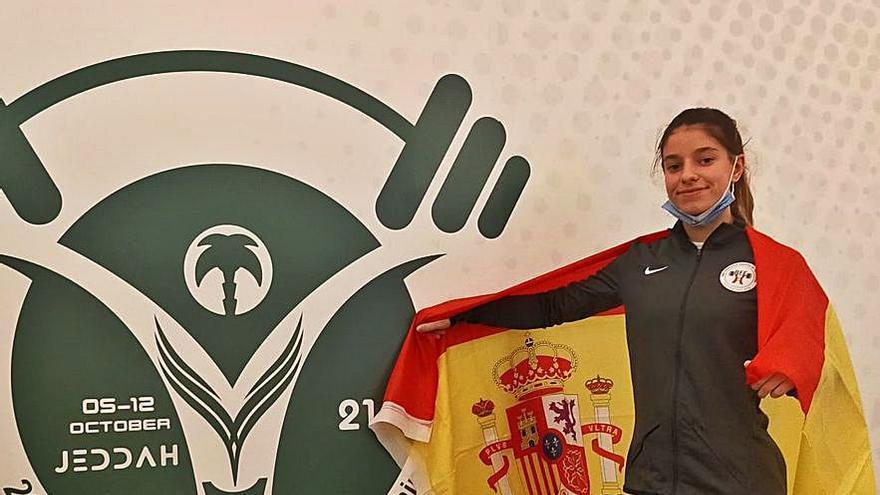 La coruñesa Ruth Fuentefría, subcampeona mundial sub 17 en 45 kilos