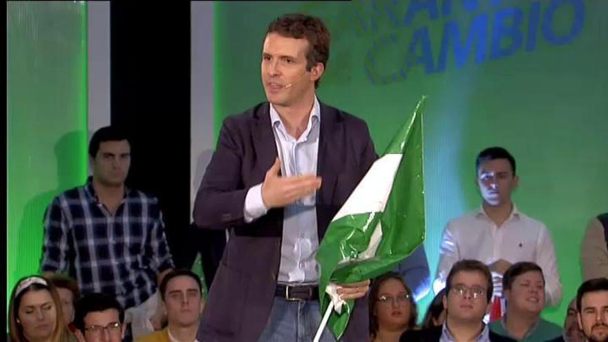"""Casado acusa al PSOE de """"irresponsabilidad"""" ante la inmigración ilegal"""