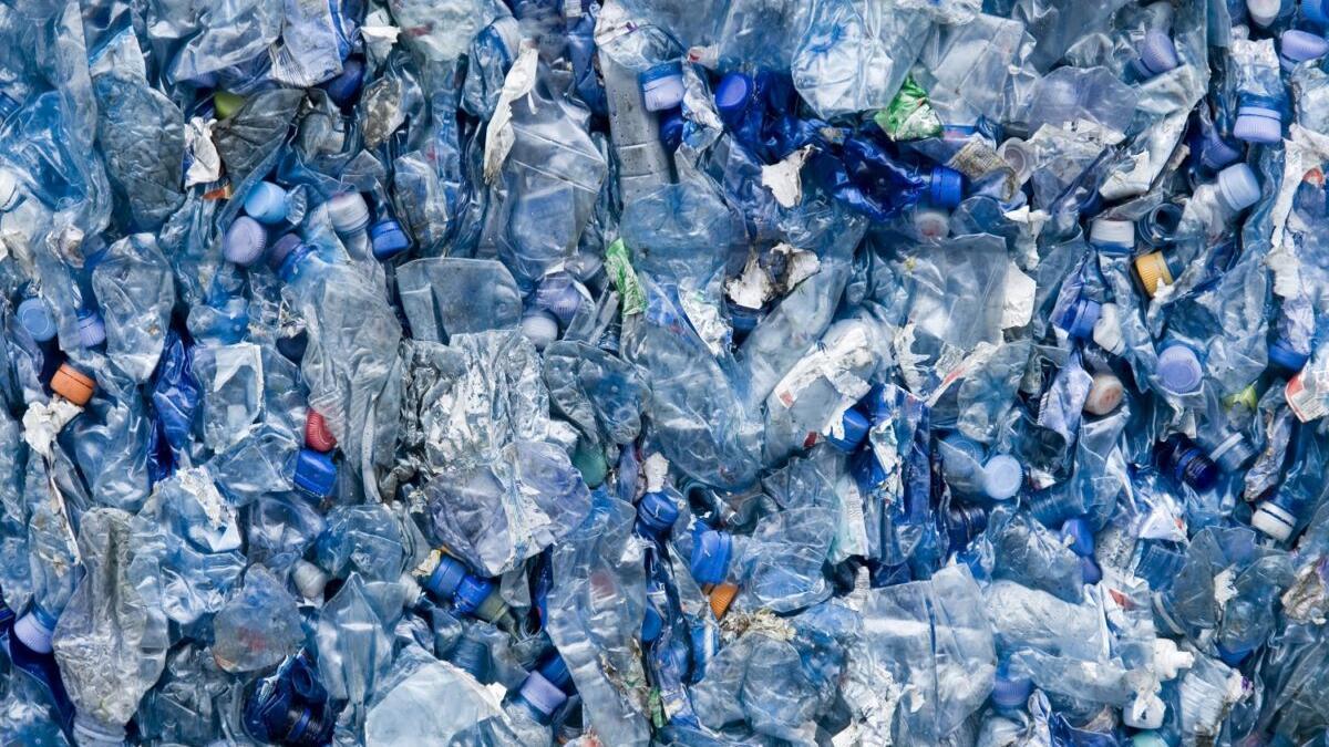 El plástico sigue creciendo: estos son los objetivos de la UE para 2030
