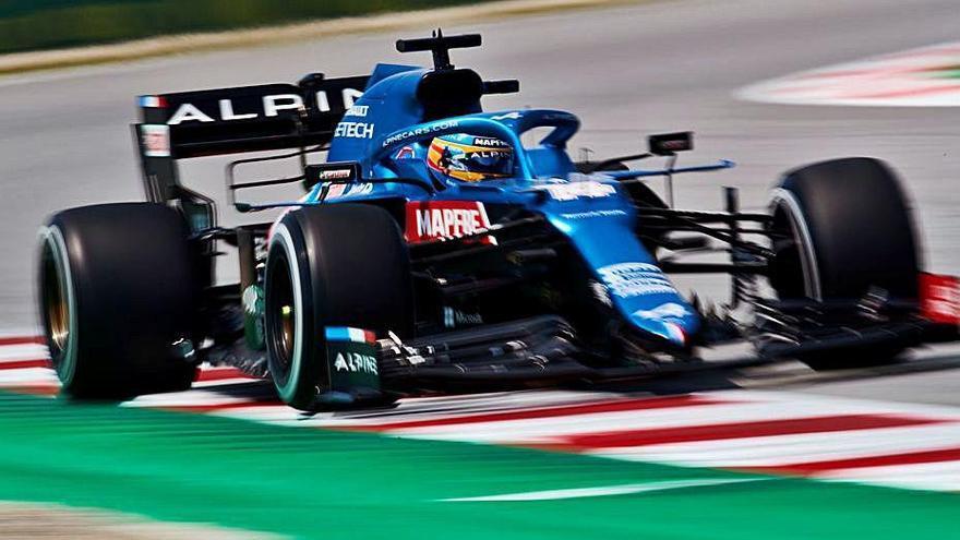 Domini de Mercedes i bon paper d'Alonso a Montmeló