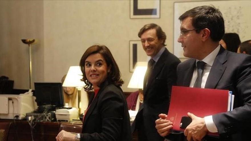 PP y Ciudadanos avisan a Sánchez de que no permitirán un pacto 'a la portuguesa'