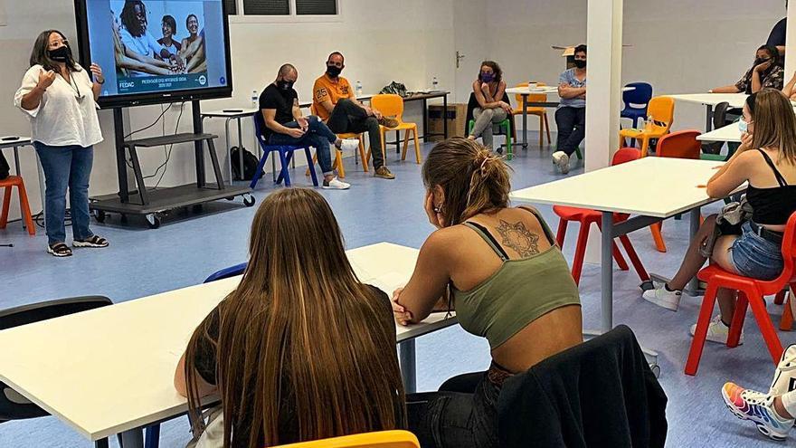 L'escola Montserrat i la FEDAC Manresa inicien el cicle d'Integració Social