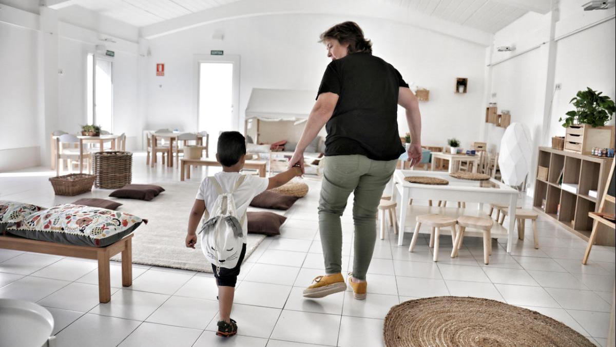 March pide al Gobierno permisos retribuidos para que los padres puedan hacer aislamiento