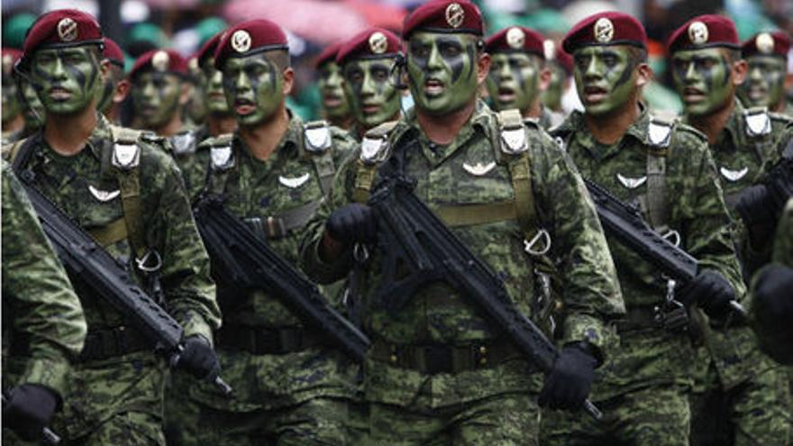Mirar morir. El ejército de la noche de Iguala
