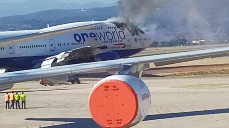 Arde un avión en el Aeropuerto de Castellón