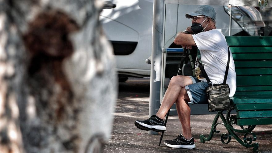 Canarias registra tres fallecidos y 159 casos Covid este viernes