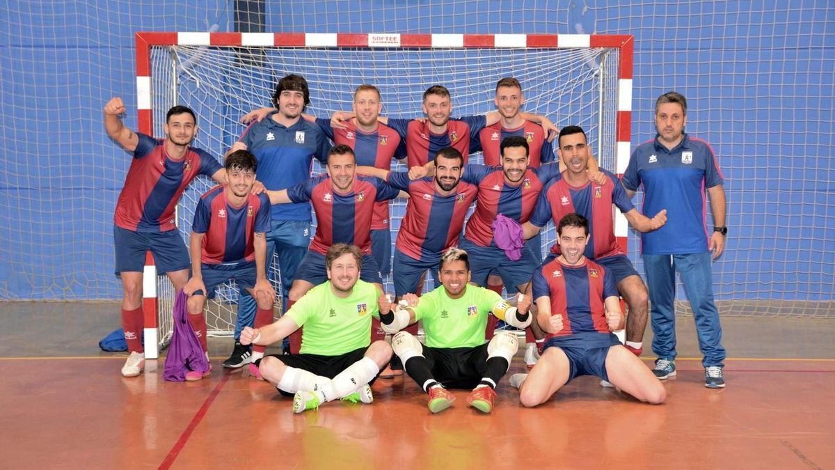 El Alcalà FS celebra la gesta del ascenso de la Tercera División.