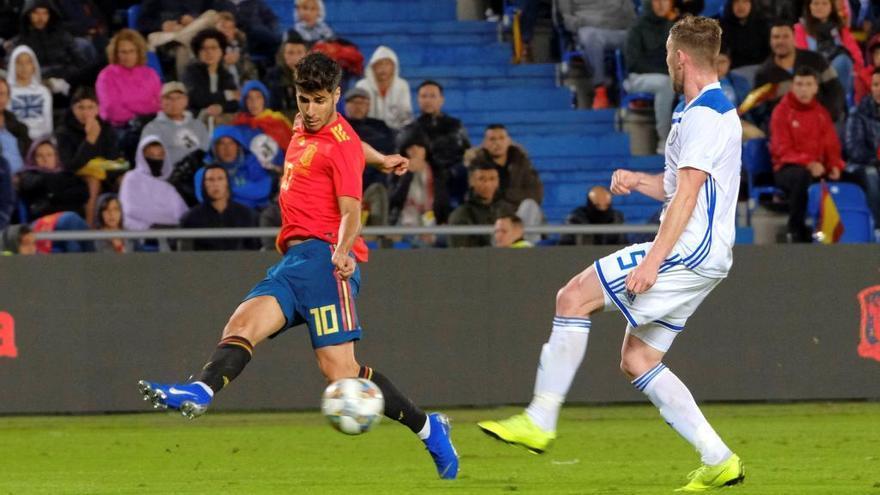 El seleccionador español cuenta con el mallorquín del Real Madrid para los partidos ante Noruega y Malta