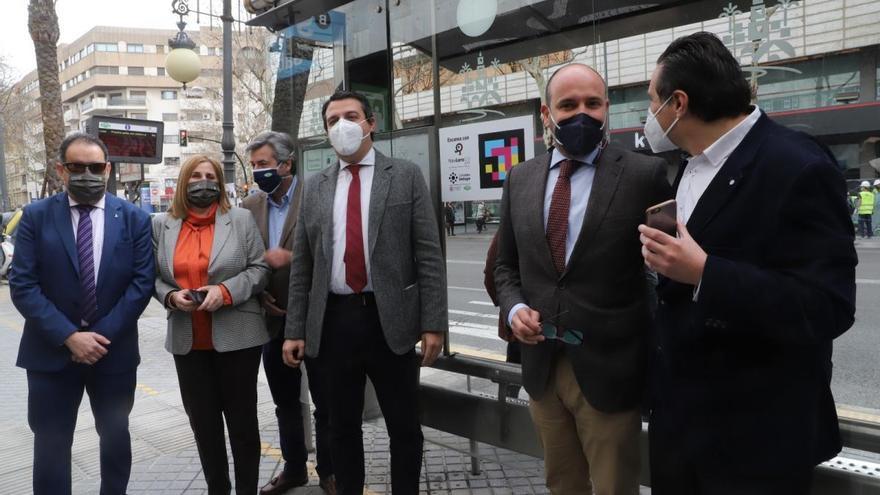 """El alcalde de Córdoba dice """"basta ya"""" y exige al Gobierno central fondos para luchar contra el covid"""