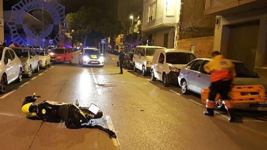 Un joven de 24 años fallece tras perder el control de su moto en la calle Escalante