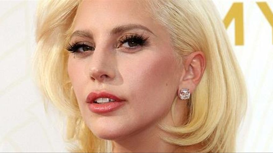 Lady Gaga revela que pateix fibromialgia