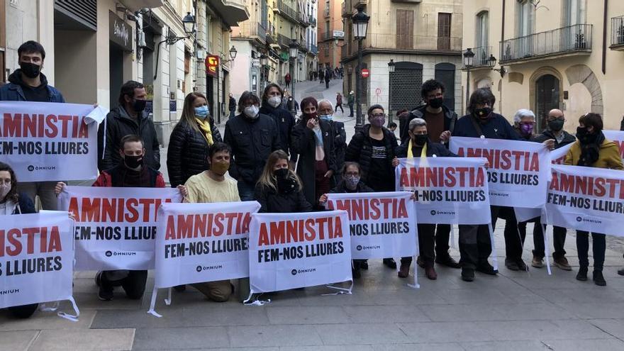 Òmnium reclama a Manresa l'amnistia per a totes les persones represaliades del Bages-Moianès