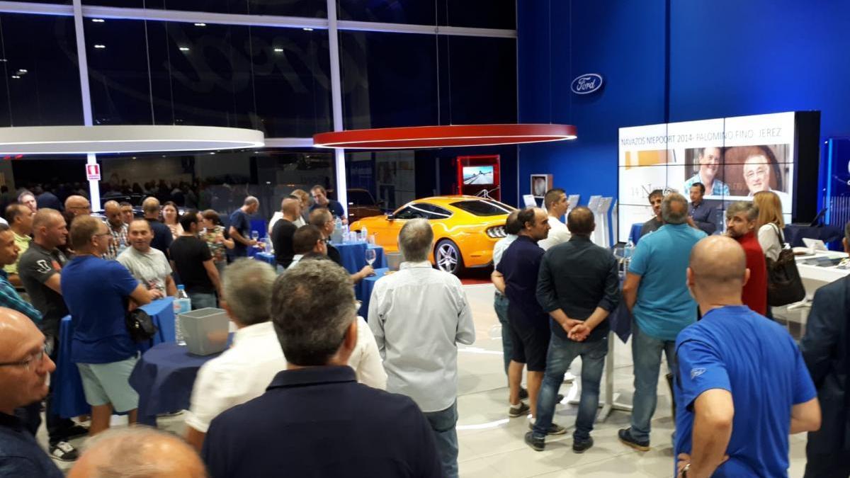 Vedat Mediterráneo Vila-real presenta el nuevo Ford Focus