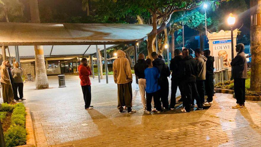 El TSJC confirma que la Policía no vulneró los derechos de un migrante que no pudo viajar de Canarias a la Península