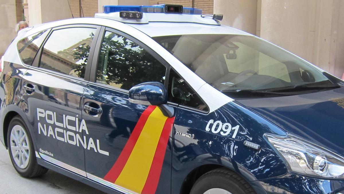 Una imagen de archivo de un vehículo de la Policía Nacional.