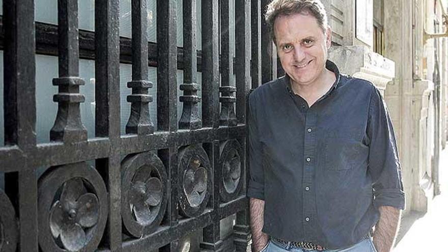 """Domingo Villar: """"No me atrae el mal ni sus razones y prefiero, honestamente, no ahondar en ello"""""""