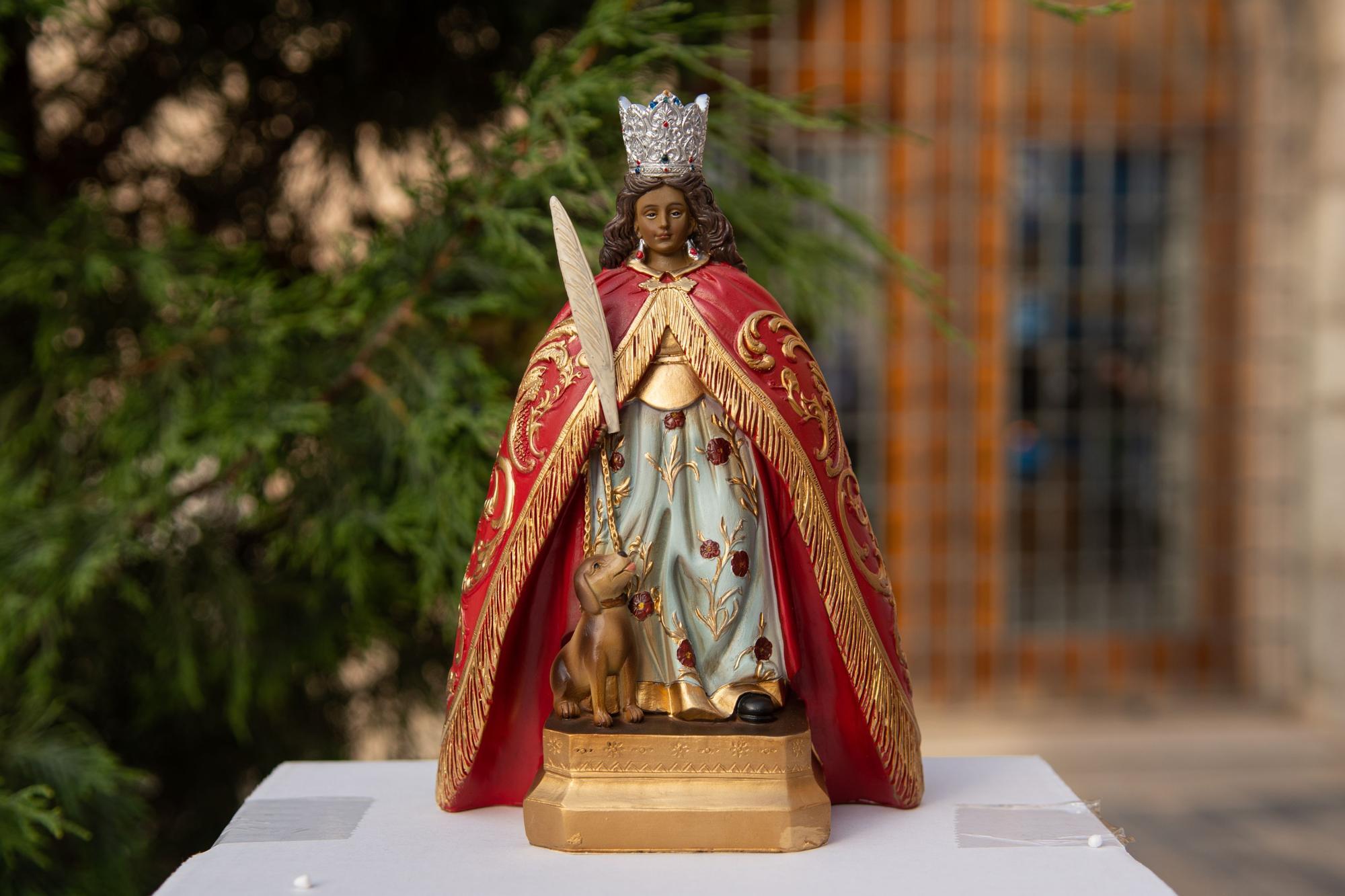 Así ha vestido Almassora el tapiz de flores en honor a Santa Quitèria