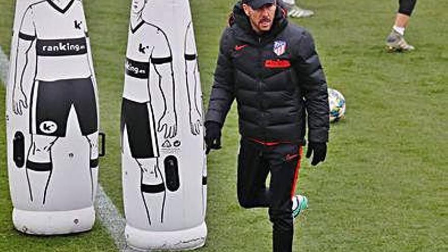 Simeone, durante el entrenamiento de ayer.