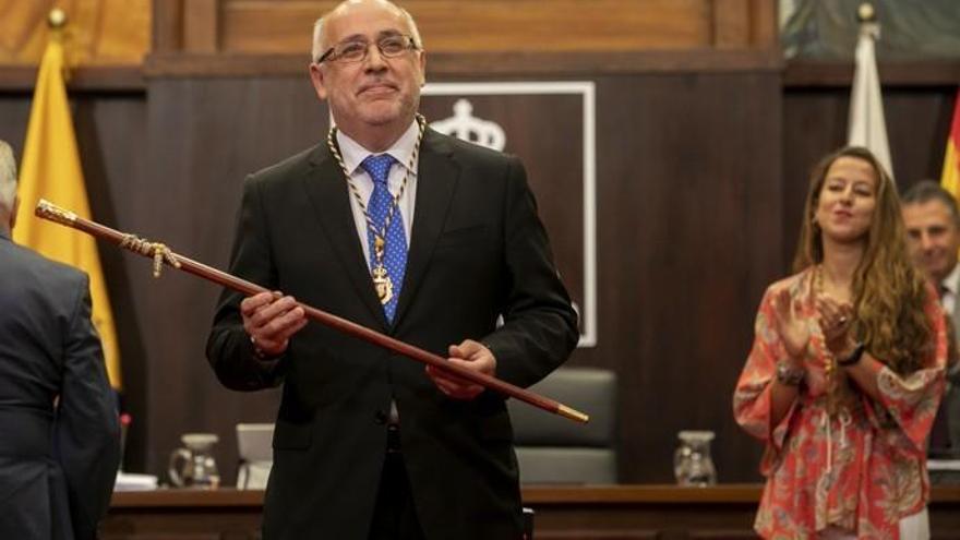 Toma de posesión de Antonio Morales en el Cabildo de Gran Canaria