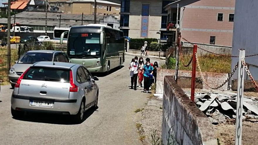 Vilaxoán y Sobradelo protestan por el desvío de los camiones que antes iban por Canelas