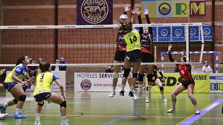 El Xàtiva Voleibol de superliga 2 regresa de vacío de Benidorm
