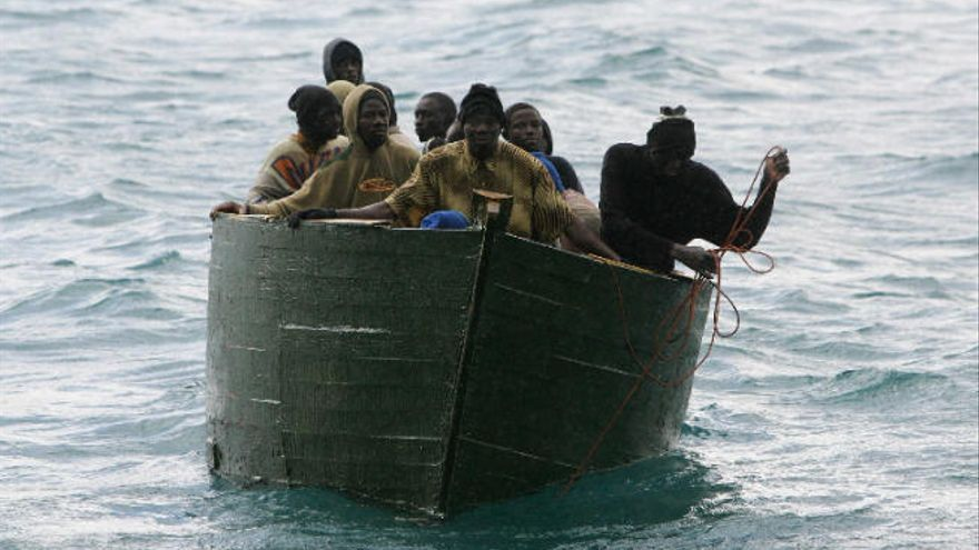 Cincuenta migrantes subsaharianos mueren al naufragar dos pateras a Canarias