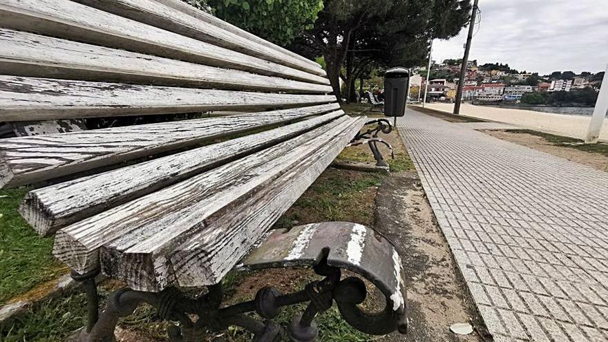 Vecinos de Banda do Río se quejan del deterioro del parque