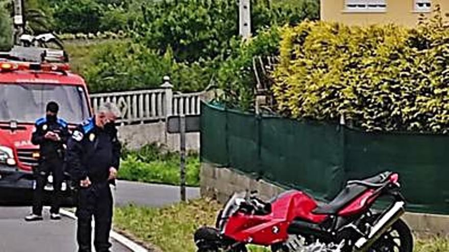 Dos motoristas heridos en Culleredo tras colisionar entre sí