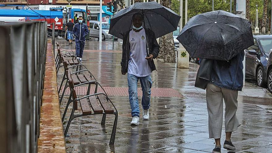 Un frente de borrascas trae lluvias generalizadas hasta el sábado