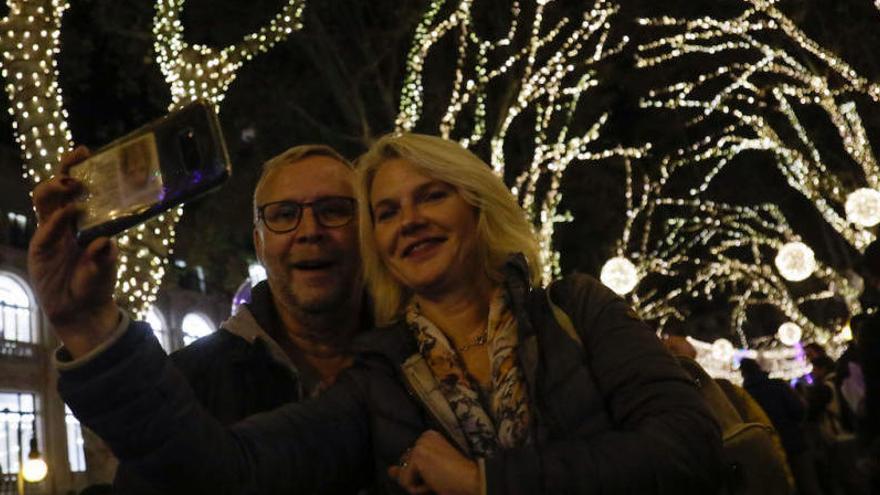 Weihnachtsbeleuchtung: mehrere kleinere Spektakel statt großer Event