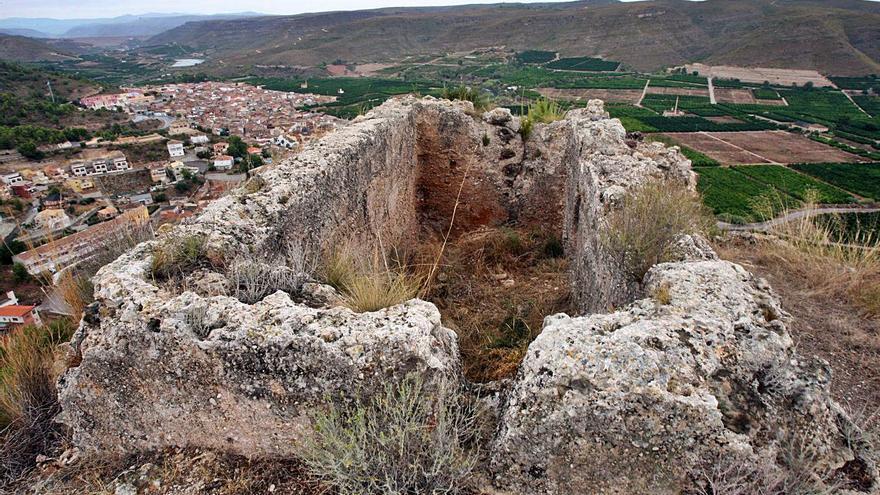 Último intento de poner fin a la degradación del castillo de Sumacàrcer