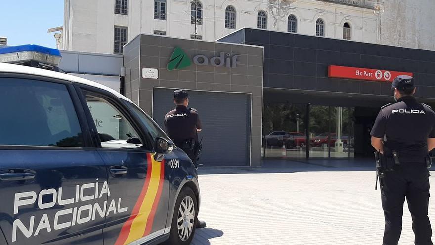 """Así es el timo de """"la siembra"""" con el que una mujer ha sustraído 13.000 euros en Elx"""