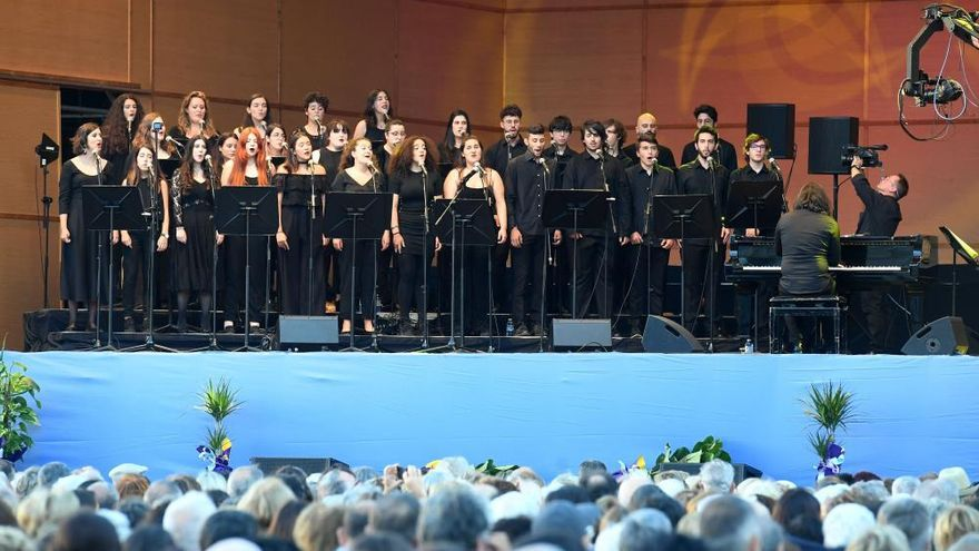 El Coro Joven de la Sinfónica lleva a Nirvana y Coldplay a María Pita