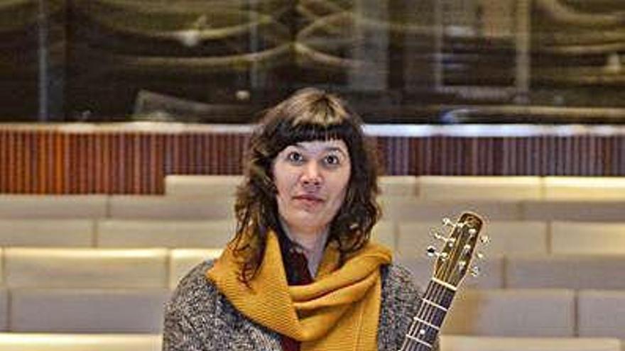 Silvia Penide ofrecerá el viernes un concierto 'sordo' desde un escaparate
