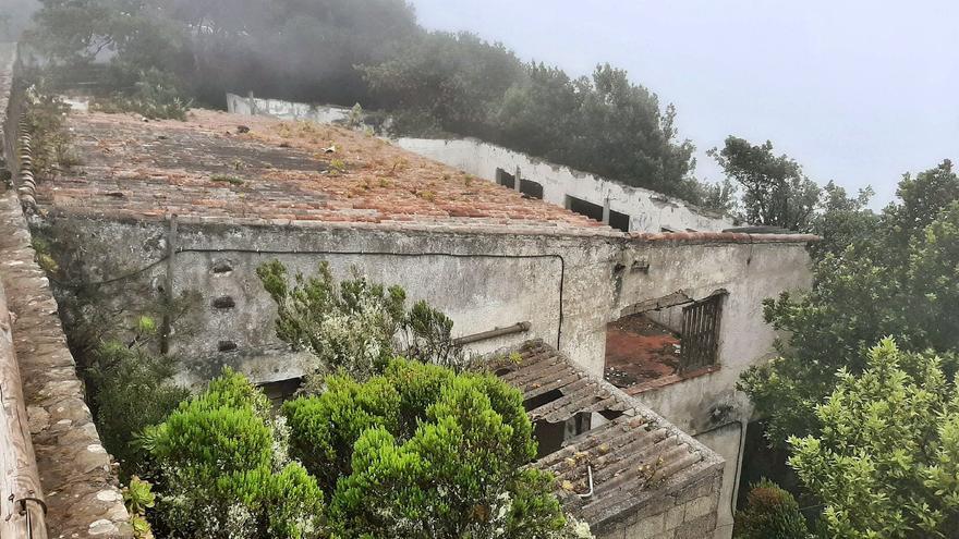 El Cabildo de Tenerife urge a Santa Cruz a declarar en ruina el edificio de Pico del Inglés