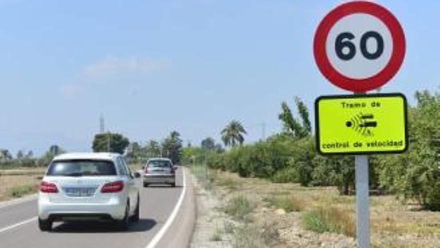 La Policía pone más de una multa por minuto en el Camino Viejo de Santa Pola