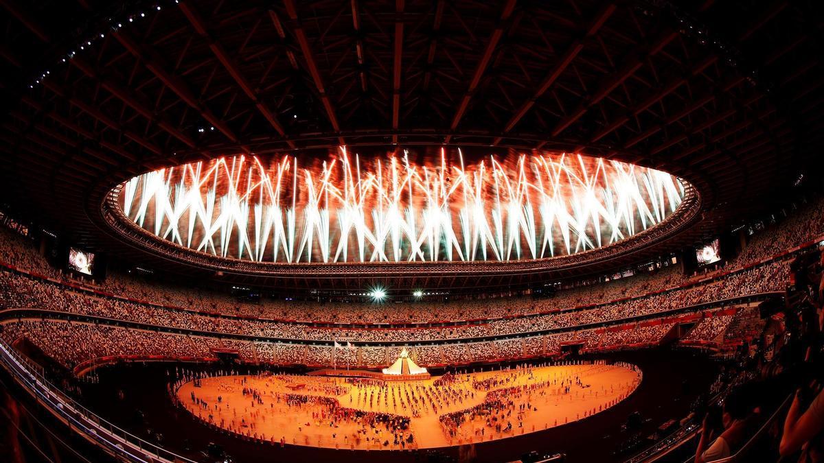 Los fuegos artificiales clausuraron la ceremonia de apertura.