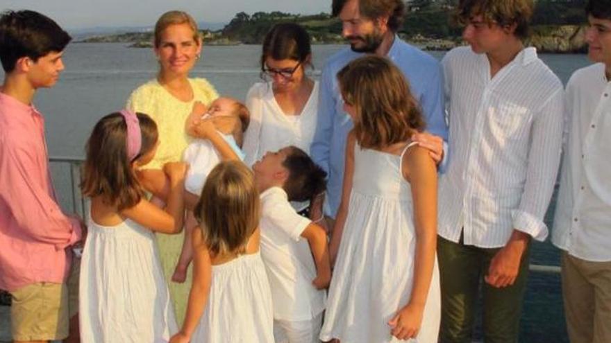 """Así venció al covid una """"superfamilia"""" asturiana: once positivos bajo el mismo techo"""
