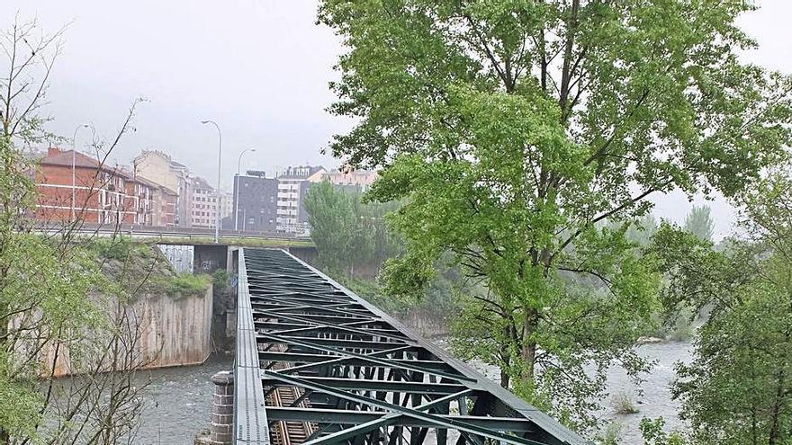 El tren turístico Collanzo-Trubia suma 55 kilómetros, con 4 puentes y 23 túneles