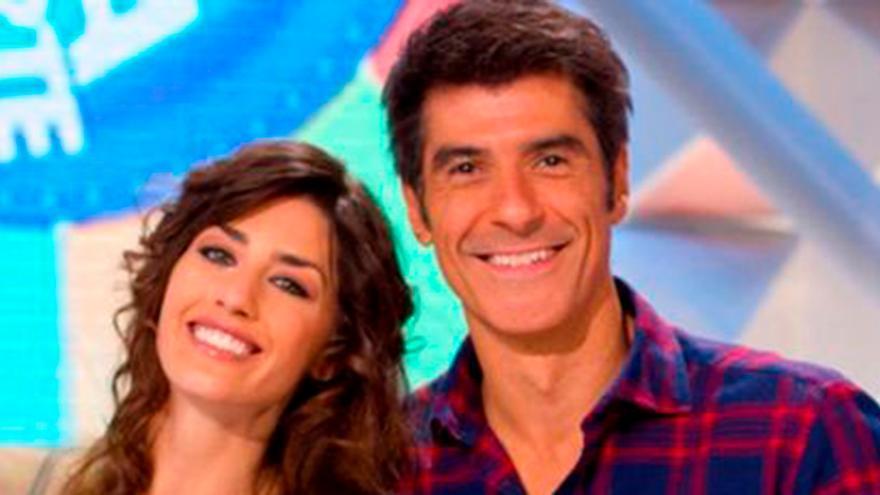 """El piropo que ha lanzado Jorge Fernández ante el cambio de look de su compañera en la Ruleta de la Suerte: """"Espectacular"""""""