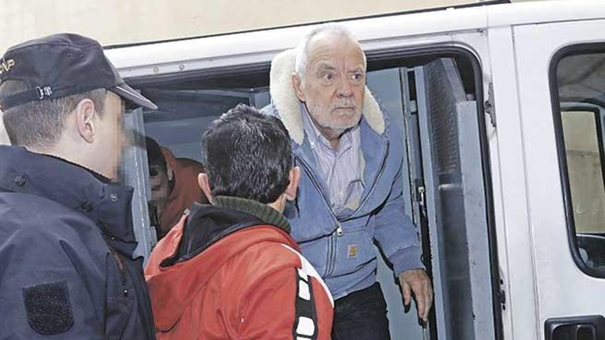 El fiscal insiste en llevar a juicio a Cursach por sobornar a funcionarios