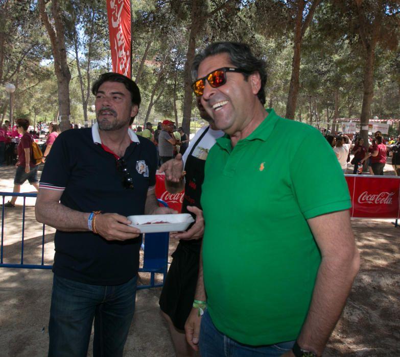 6.000 festeros abarrotan el parque Lo Morant el domingo de paellas.