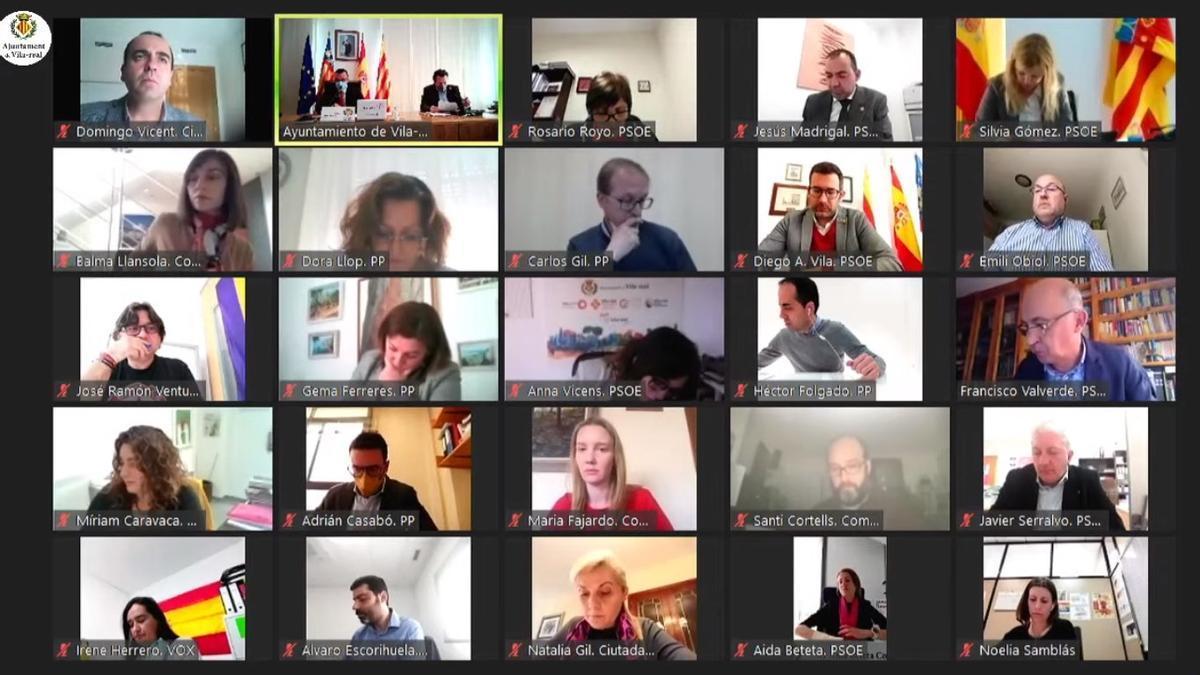 Imagen de la sesión plenaria ordinaria del mes de marzo del consistorio de Vila-real, que sigue realizándose de manera telemática.