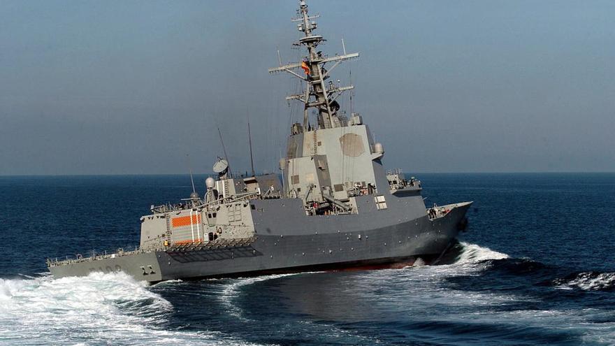 Las fragatas Almirante Juan de Borbón y Álvaro de Bazán atracan este sábado en Vigo