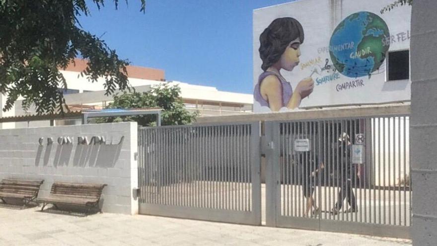 Un niño de una escuela de verano de Sant Josep, positivo en coronavirus